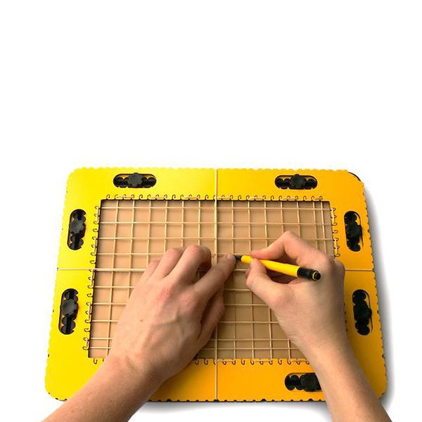 Planche à dessins en relief pour aveugle ou malvoyant TactiPad